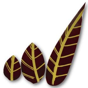 Variedad de tres hojas de chocolate negro 62% y un toque dorado de tres tamaños diferentes